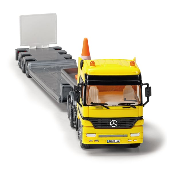 Dickie Toys Mercedes-Benz Actros Team with Bull Dozer
