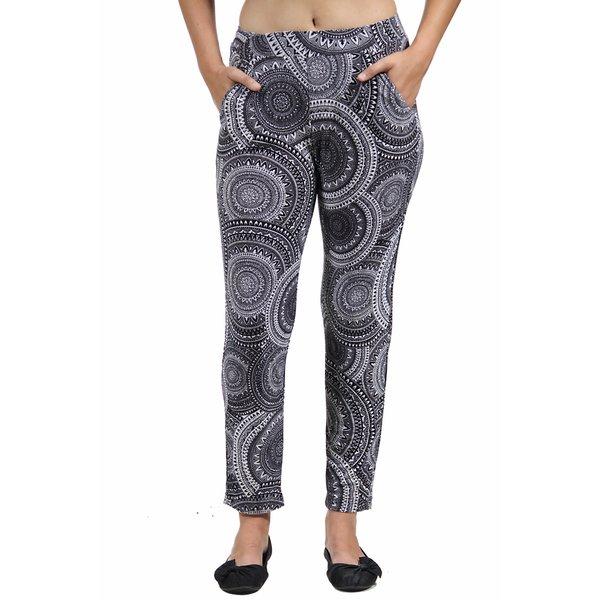 24/7 Comfort Apparel Women's Black&White Oriental Printed Pants