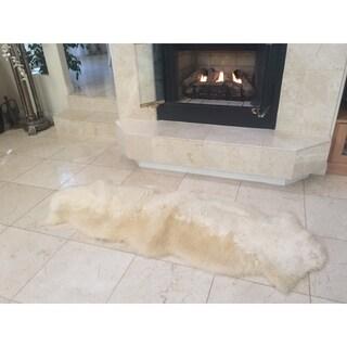 Northland Supreme Sheepskin Wool Double Pelt Shag Rug (2' x 6')