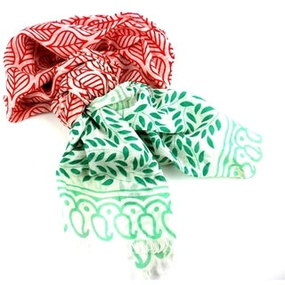 Handmade Red and Green Leaf Design Cotton Scarf (India)