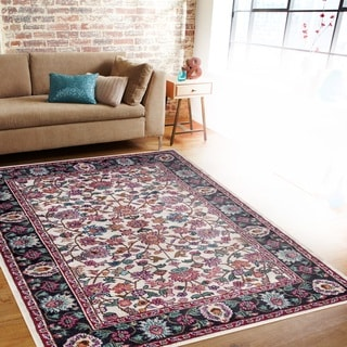 Traditional Oriental Cream Soft Indoor Area Rug (7'10 x 10'2)