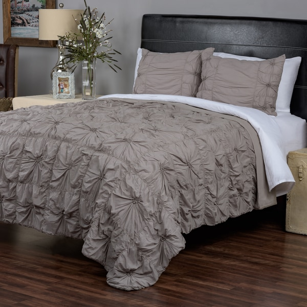 Sweet Dreams Grey Collection 3-piece Quilt Set by Arden Loft