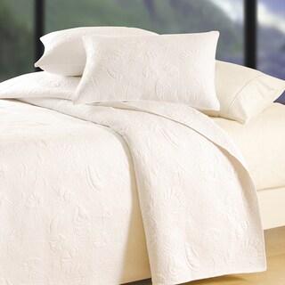 White Shell Matelasse Quilt