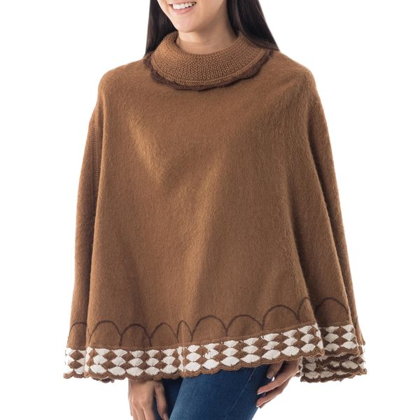 Alpaca Blend 'Wari Splendor in Brown' Poncho (Peru)