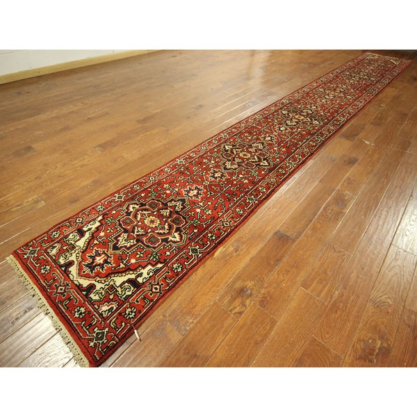 Traditional Blood Red Heriz Hand-knotted Wool Floral Area Rug (3' x 20')
