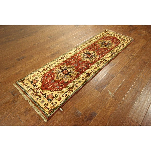 Unique Ivory Border-Rose Red Heriz Hand-knotted Wool Medallion Rug (3' x 8')