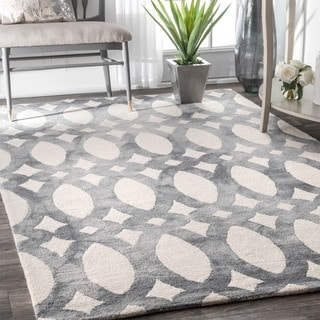 nuLOOM Handmade Dip Dyed Geometric Wool Light Grey Rug (7'6 x 9'6)