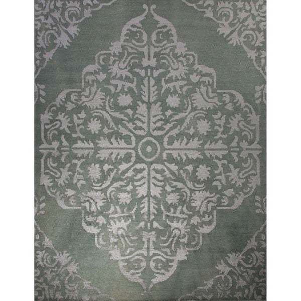 Hand-Knotted Floral Pattern Cameo Blue/Subtle Green Wool (3 x 7.6) Area Rug