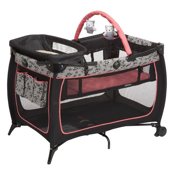 Safety 1st Safe Stages Play Yard in Gentle Lace
