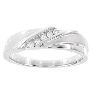 H Star 10k White Gold Men's 1/10ct TDW Diamond Ring (I-J, I2-I3)