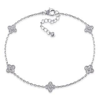 Miadora 18k White Gold 1/6ct TDW Diamond Flower Station Bracelet (G-H, I1-I2)