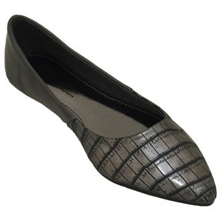 Nichole Simpson Women's Crocodile Flat Shoes