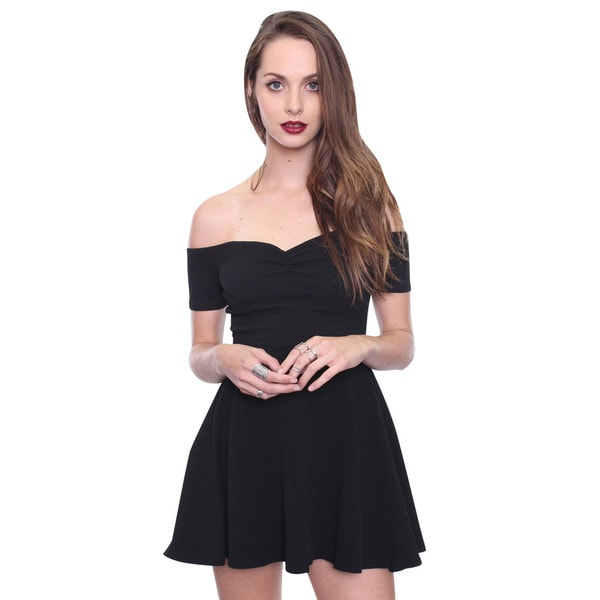 Beston Juniors' Black Off The Shoulder Party Dress