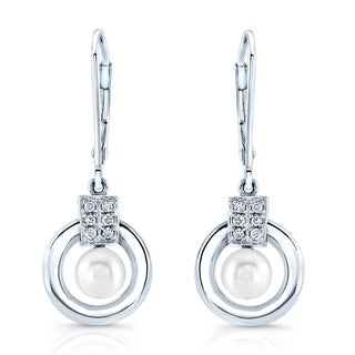 18k White Gold 1/2ct TDW Diamond and White Freshwater Pearl Earrings (H-I, VS1-VS2) (5-6mm)