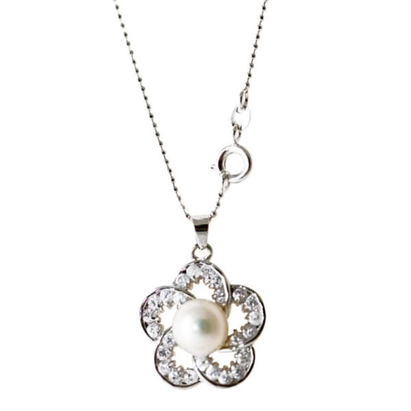 Rhodium-plated White Freshwater Pearl and Cubic Zirconia Necklace (8-9 mm)