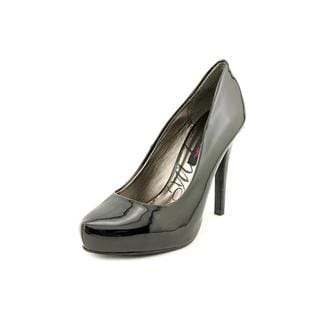 Material Girl Women's 'Presley' Patent Dress Shoes