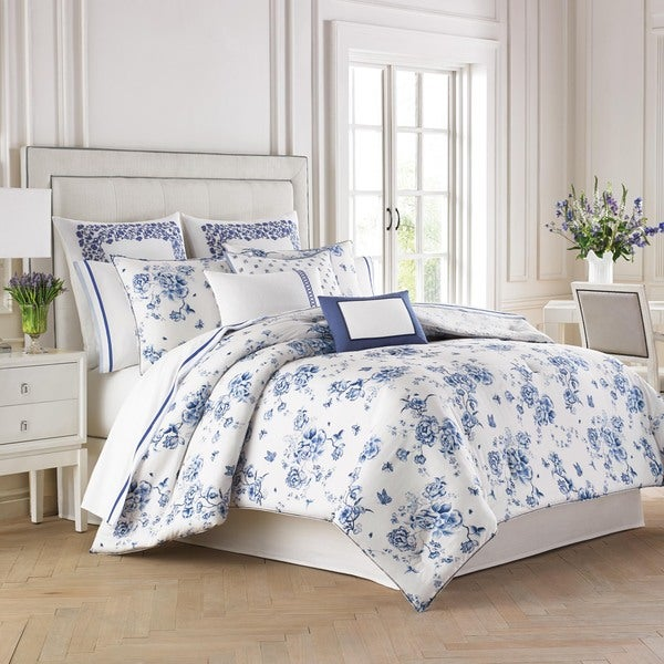 Wedgwood China Blue Comforter Set