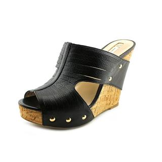 INC International Concepts Women's 'Vanessah 2' Leather Sandals
