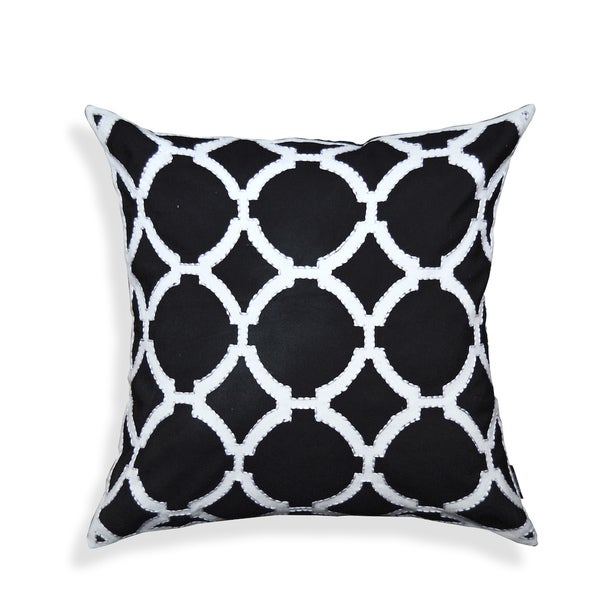 Black/ White Geometric Pattern Decorative Pillow
