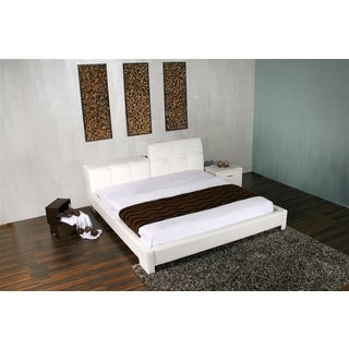 TIFFANY Collection White leather headboard with eco-leather match rails King Bed by Casabianca Home
