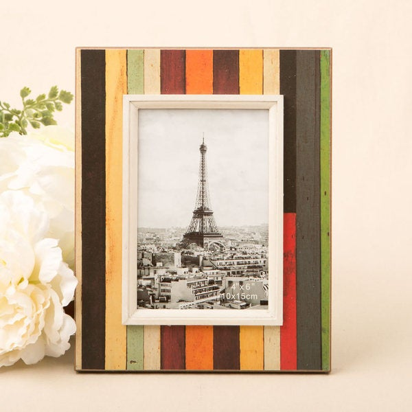 """Distressed Wood Look Vertical Striped Frame for 4"""" x 6"""" photo"""
