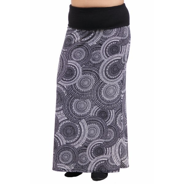 24/7 Comfort Apparel Women's Plus Size Blackandwhite Oriental Printed Fold Over Maxi Skirt