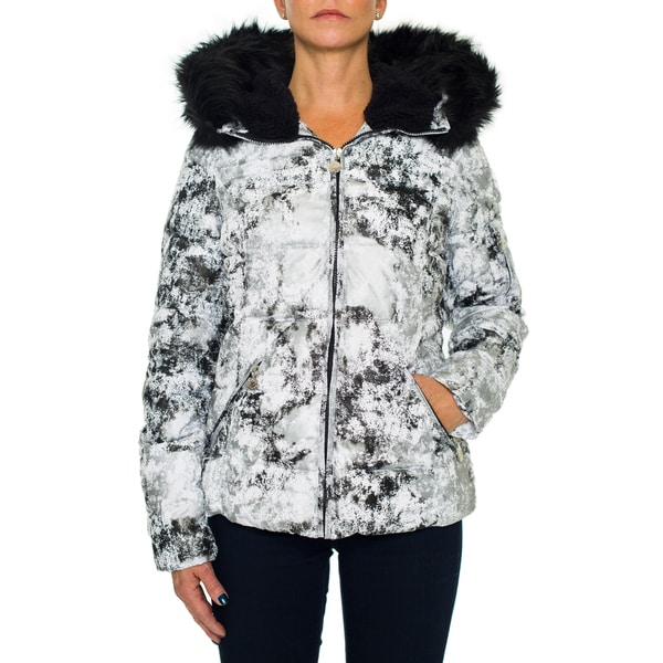 Betsey Johnson Short Puffer Zip Coat