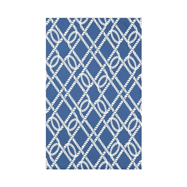 Know the Ropes Geometric Print Throw Blanket