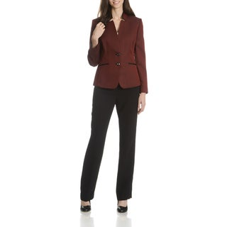 Tahari Arthur S. Levine Women's Inverted Collar 2-Piece Pant Suit