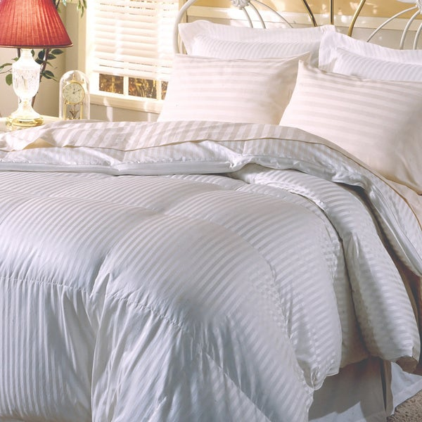 Hotel Grand Silk 400 Thread Count Premium White Goose Down Comforter Size King (As Is Item)