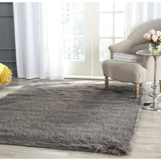 Safavieh Handmade Faux Sheep Skin Grey Acrylic Rug (5' x 7')