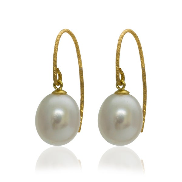 Pearlyta 14k Yellow Gold Freshwater Pearl Sparkle Wire Drop Earrings (9 mm)