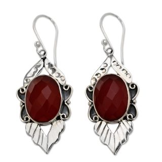 Handcrafted Sterling Silver 'Sunny Sky' Carnelian Earrings (India)