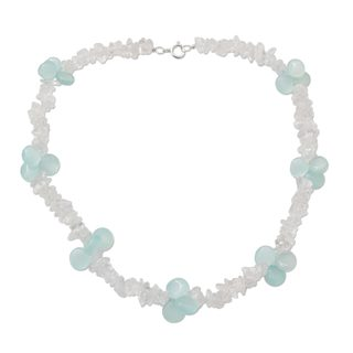Handcrafted Sterling Silver 'Icicles' Quartz Chalcedony Choker (India)