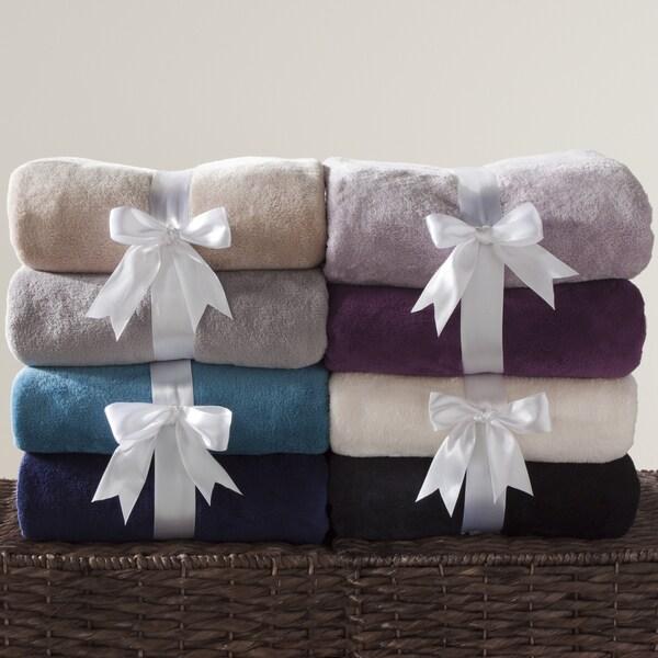 50 x 70-inch Fleece Throw (Set of 2)
