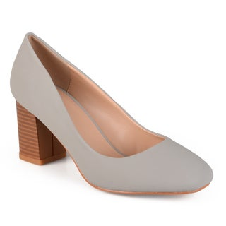 Journee Collection Women's 'Amanda' Classic Stacked Heel Pumps