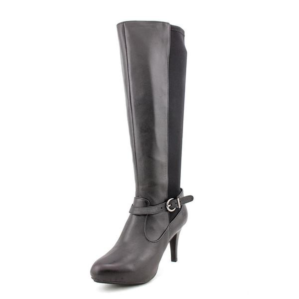 Me Too Women's 'Maddi6' Leather Boots