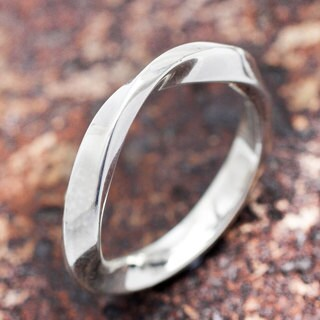 Handcrafted Sterling Silver 'Twister' Ring (Peru)