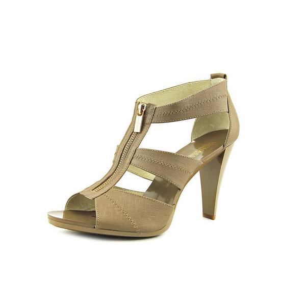 Michael Michael Kors Women's 'Berkley T Strap' Leather Sandals
