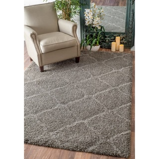 nuLOOM Soft and Plush Moroccan Trellis Grey Shag Rug (5' x 8')