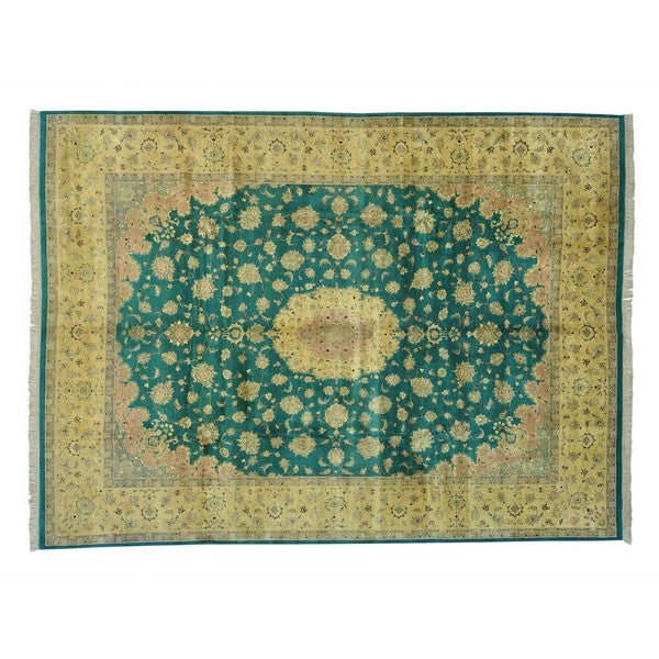 Pure Wool Hand-knotted Pak Persian 300 KPSI Oriental Rug (10' x 13'8)