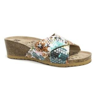 Muk Luks Women's Green Helene Wedge Sandals