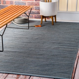 nuLOOM Flatweave Checkered Indoor/ Outdoor Patio Blue Area Rug (5' x 8')