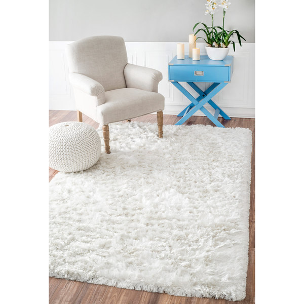 nuLOOM Handmade Sof and Plush Silken Solid Shag White Rug (5' x 8')