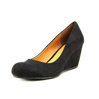 CL By Laundry Women's 'Nima' Faux Suede Dress Shoes