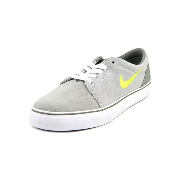 Nike Men's 'Satire' Regular Suede Athletic