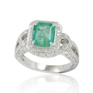 Suzy Levian 14K White Colombian Emerald 1.04ct TDW Diamond Ring (SI1-SI2, H-I)