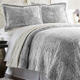 Serta Faux Fur Reverse to Sherpa 3-piece Comforter Set