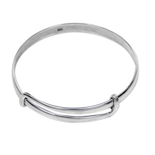 Handcrafted Sterling Silver 'Tender Embrace' Bracelet (Indonesia)
