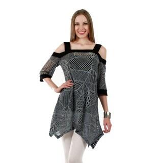 Firmiana Women's 3/4-Length Sleeve Black and Grey Crochet Tunic